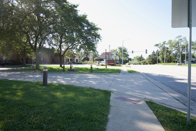 1575 S meyers Road Lombard, IL - Image 2