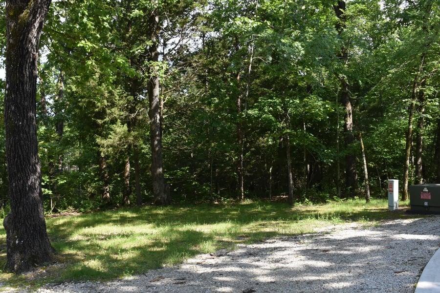 Lot 10 Oak Tree Point Shell Knob, MO - Image 1