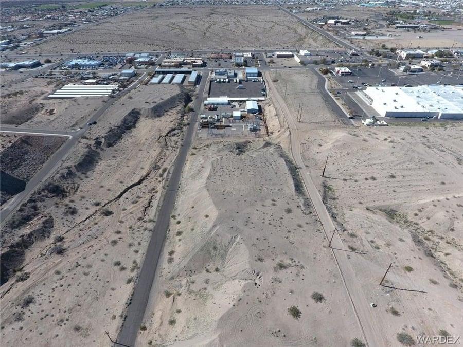1690 Black Mountain Road Bullhead, AZ - Image 2