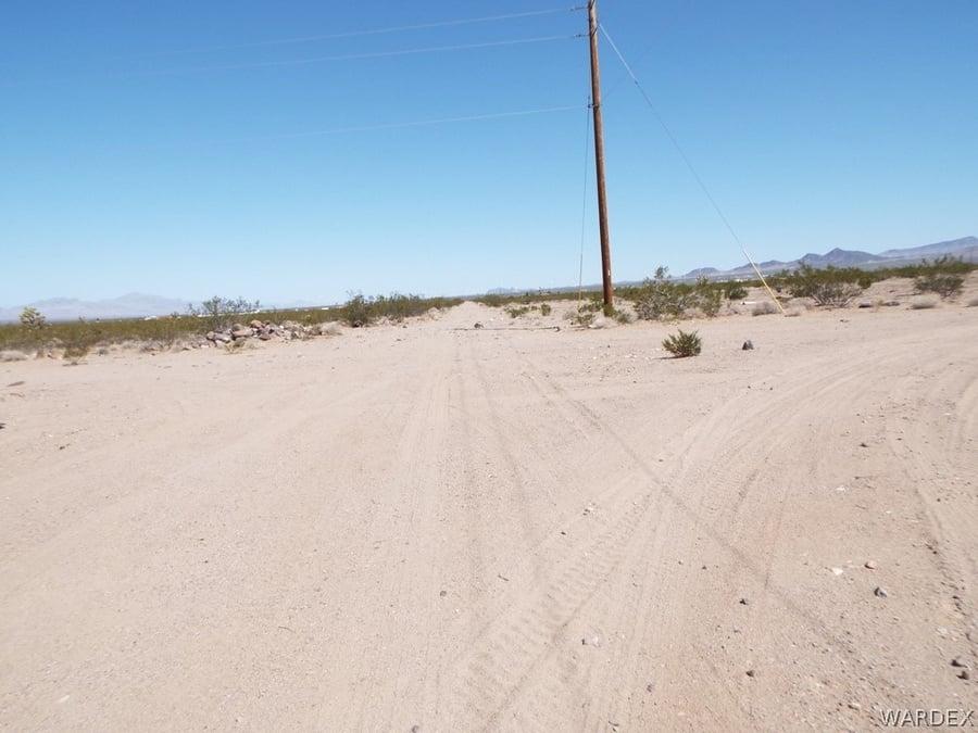 19585 N Wright Road White Hills, AZ - Image 2