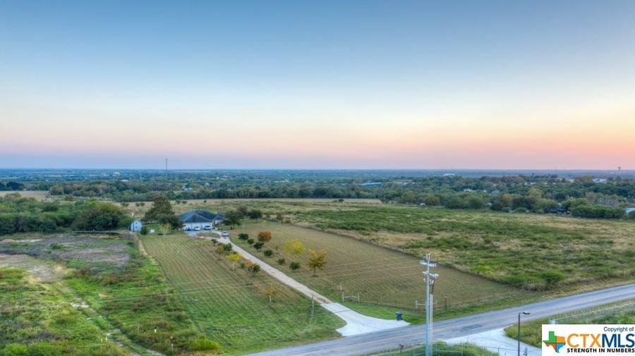 1430 Weil Road Cibolo, TX - Image 2