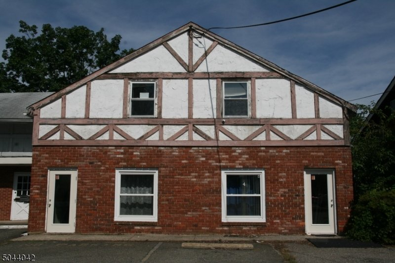 39 Mine Street - Building 4 Flemington Boro, NJ - Image 0