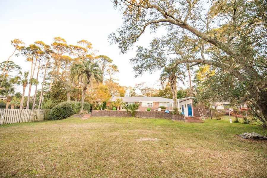 541 E Miracle Strip Parkway Mary Esther, FL - Image 2