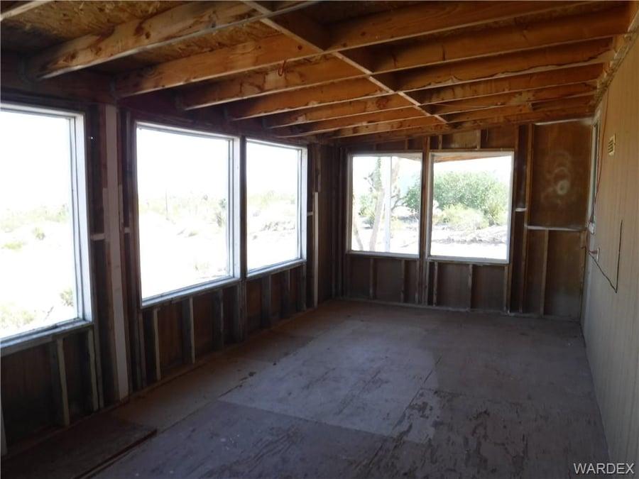 218 W Calico Drive Meadview, AZ - Image 5