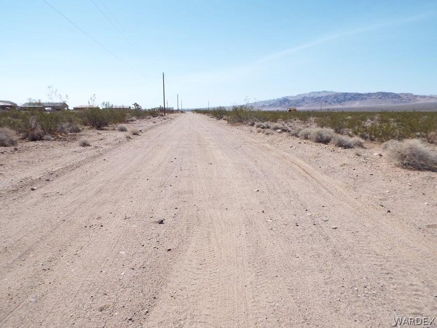 19585 N Wright Road White Hills, AZ - Image 4