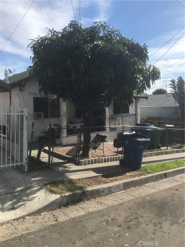 1730 -1732 S Walton Avenue Los Angeles, CA - Image 3