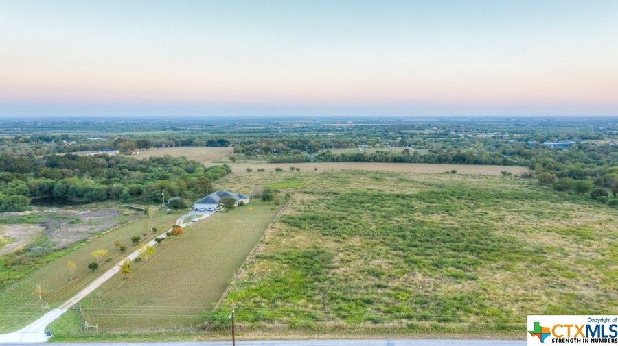 1430 Weil Road Cibolo, TX - Image 4