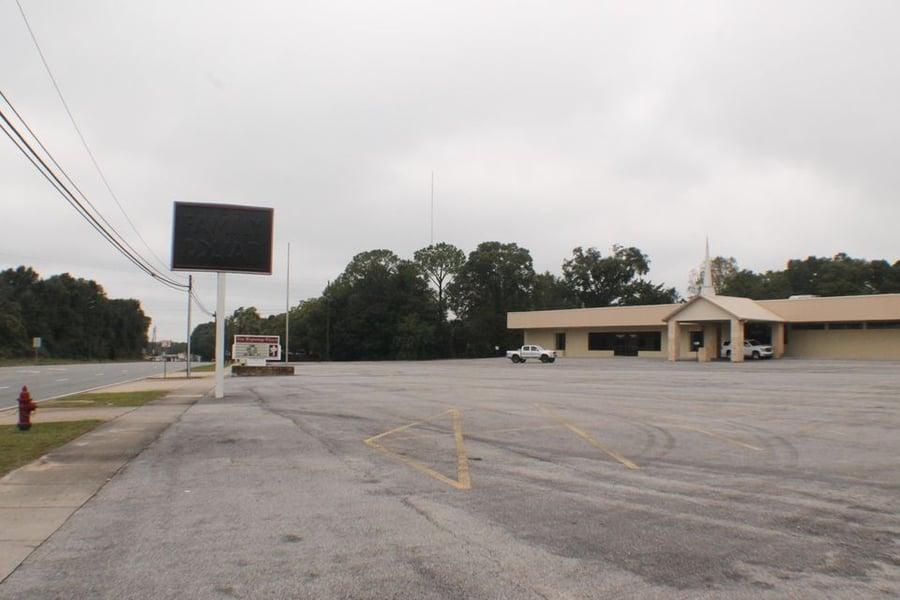 404 W James Lee Boulevard Crestview, FL - Image 3
