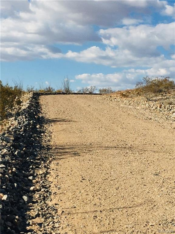 2363 S Goldmine Rd. Yucca, AZ - Image 7