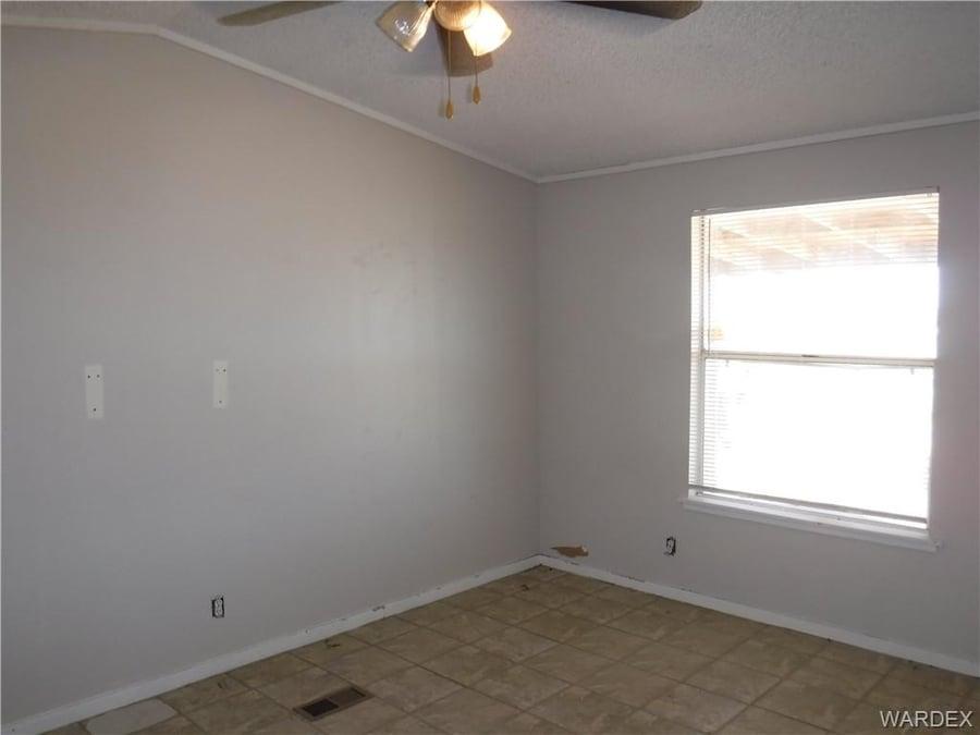 218 W Calico Drive Meadview, AZ - Image 21