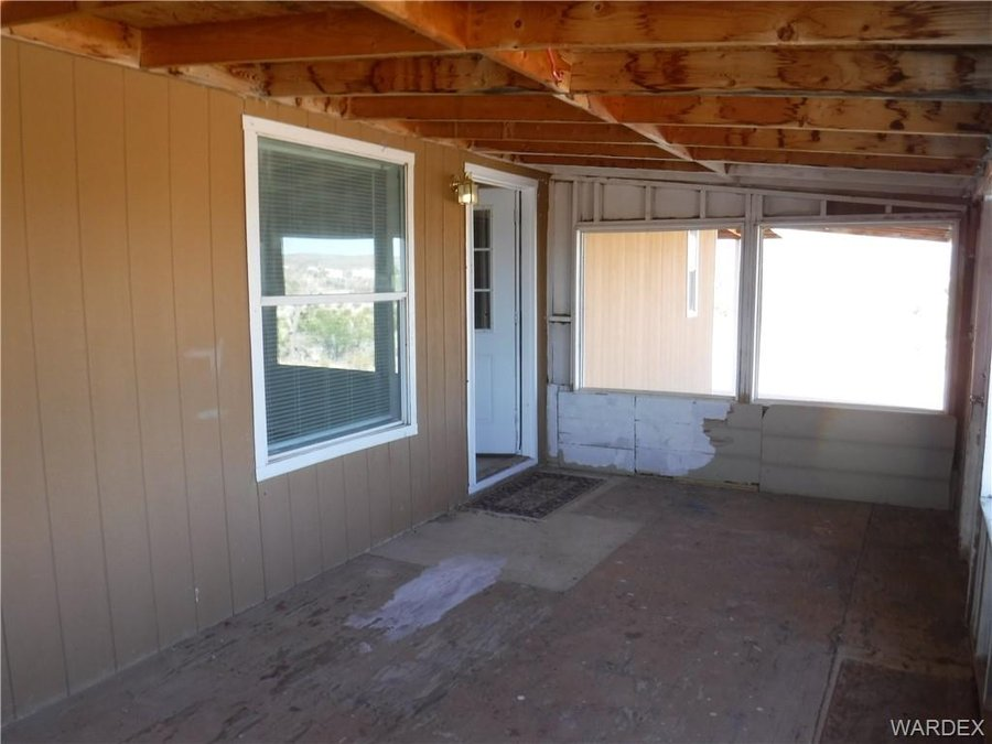 218 W Calico Drive Meadview, AZ - Image 8