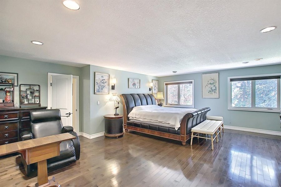 1006 Bel-Aire Drive SW Calgary, AB - Image 20