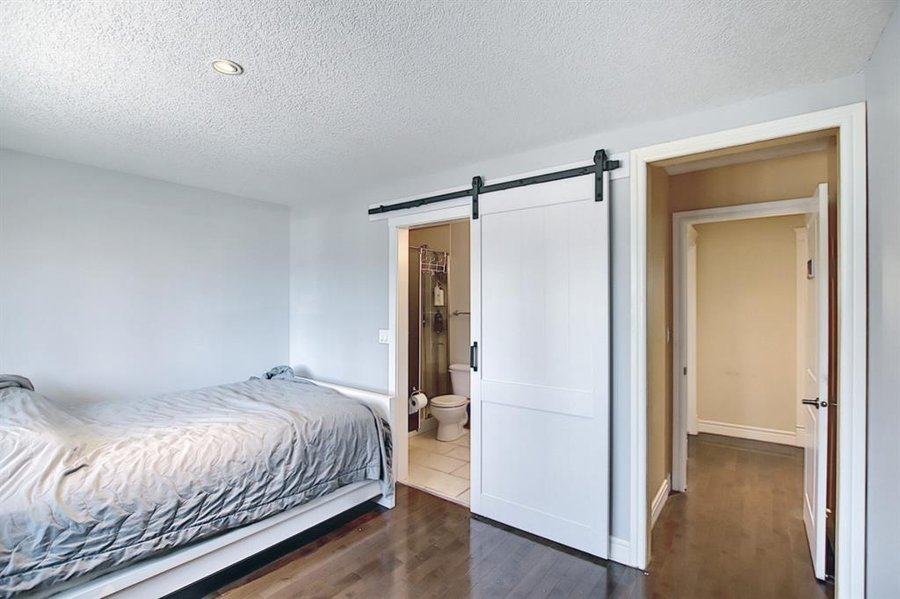 1006 Bel-Aire Drive SW Calgary, AB - Image 31