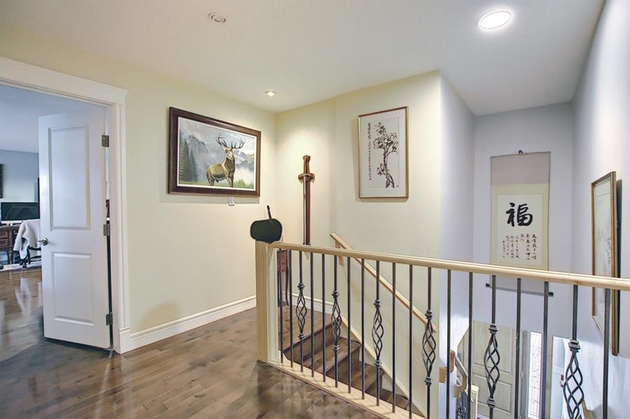 1006 Bel-Aire Drive SW Calgary, AB - Image 36