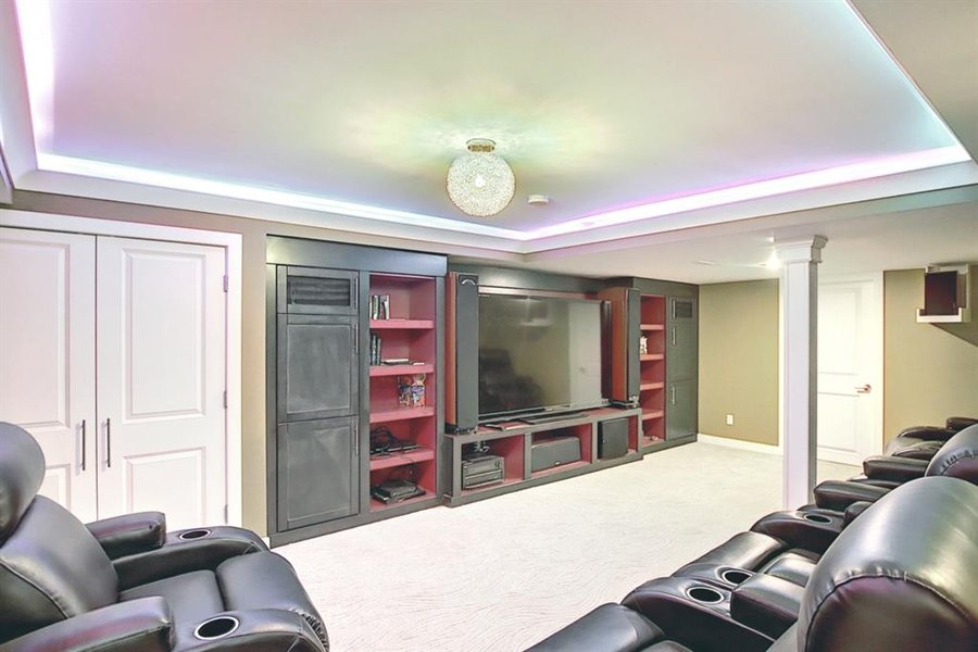 1006 Bel-Aire Drive SW Calgary, AB - Image 42