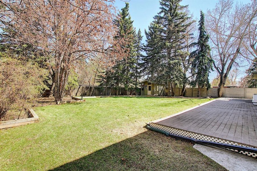 1006 Bel-Aire Drive SW Calgary, AB - Image 47