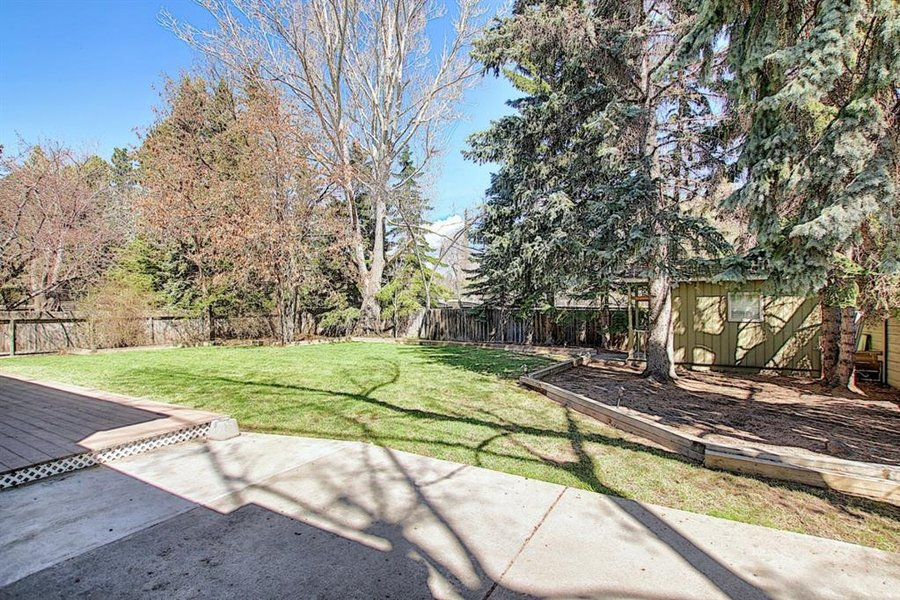 1006 Bel-Aire Drive SW Calgary, AB - Image 48