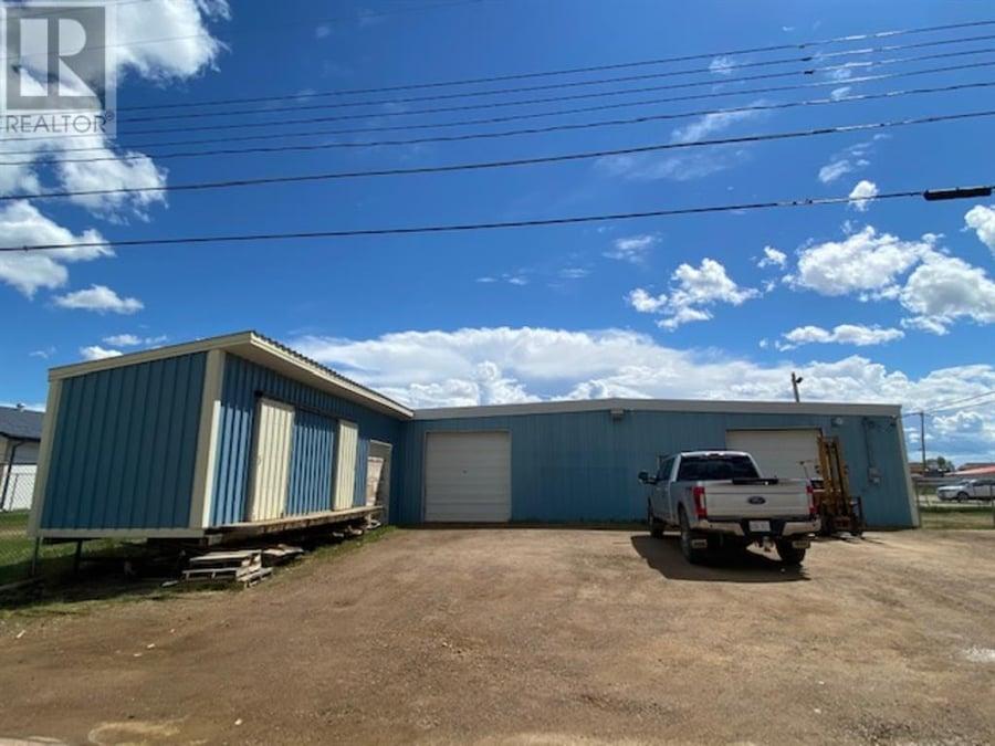 9808 - 9810 100 Street High Level, AB - Image 39