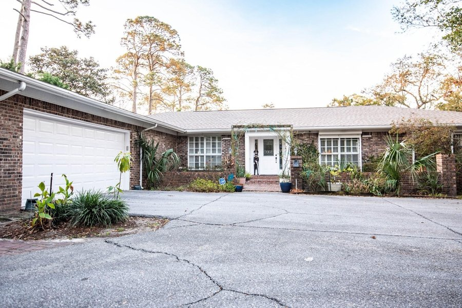 541 E Miracle Strip Parkway Mary Esther, FL - Image 17