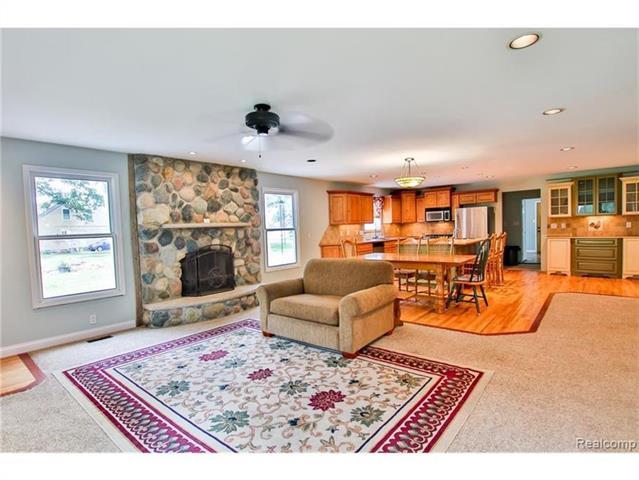 2052 Oaknoll Street AUBURN HILLS, MI - Image 9