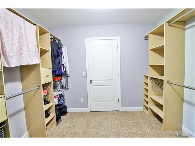 2052 Oaknoll Street AUBURN HILLS, MI - Image 11