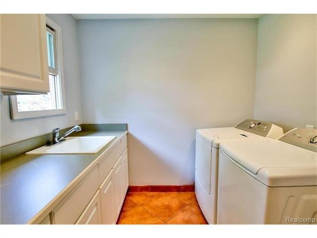 2052 Oaknoll Street AUBURN HILLS, MI - Image 15
