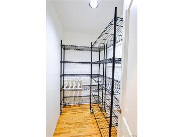 2052 Oaknoll Street AUBURN HILLS, MI - Image 7
